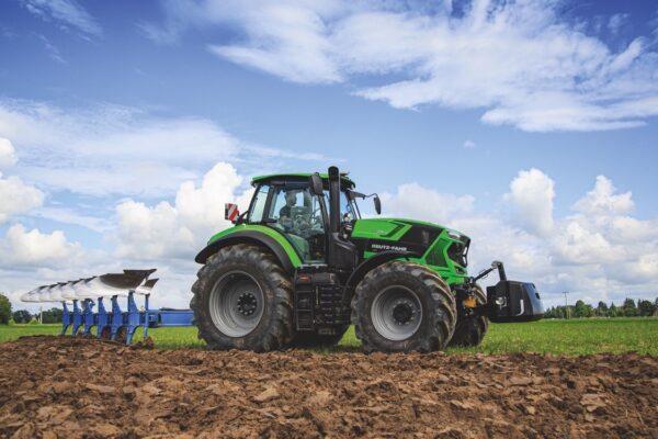 Il gruppo SDF è leader nella produzione di trattori e nell'introduzione delle nuove tecnologie in agricoltura. Vende in tutto il mondo
